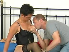 Hot mature in stockings enjoys oral