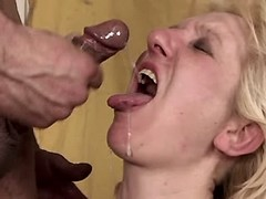 Mature gets fresh cumshot in mouth